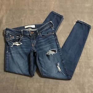 Hollister Distressed Skinny Jeans!